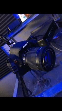 Canon EOS Rebel T5i DSLR Camera 700d 18-55mm Is STM - Ultima
