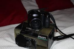 Fujifilm Finepix S1730 Digital Camera