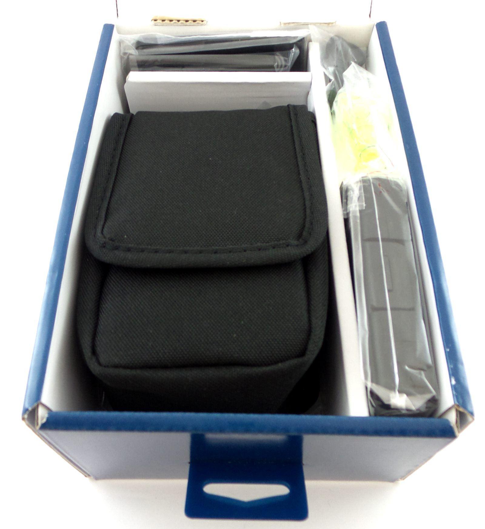 Insignia™ - 14-piece Camera Kit Black
