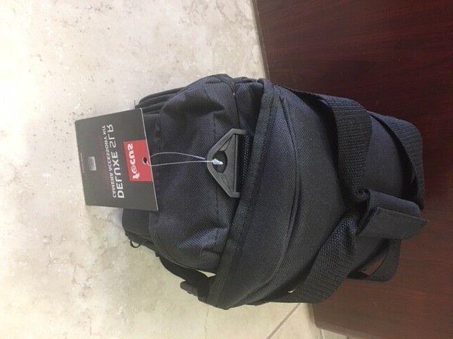 Focus Case SLR/DSLR Pro Handgrip, Card and Camera Lens