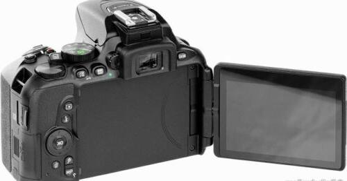 Nikon D5600 Digital SLR Camera with Lens NEW