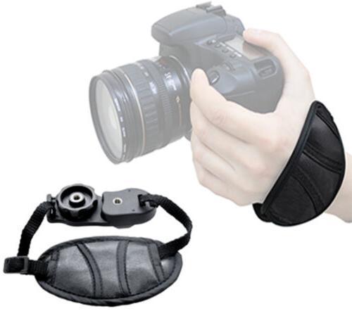 Canon EOS 800D 24.2MP w/ 18-55mm Lens Bundle