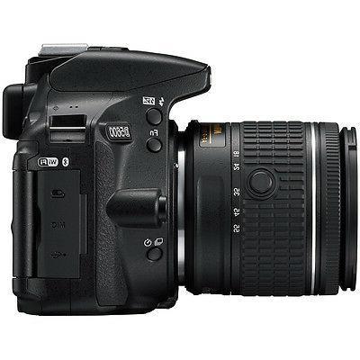 Nikon D5600 DSLR w/ 70-300mm