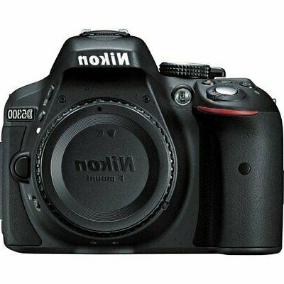 Nikon D5300 with 18-55mm 70-300mm 32GB Card
