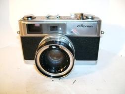 Vintage Minolta 7s 35mm Camera